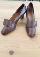 8/9 vintage 60s Brown leather HILL AND DALE heels pumps shoes