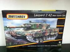 Matchbox Kit de montage 1:35 40710 LEOPARD 2 A2 Bataille Réservoir, BOÎTE gâté