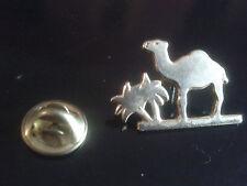 PIN'S PINS CAMEL Chameau / Palmier