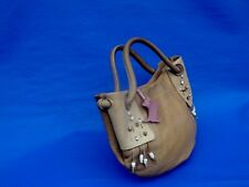 RADLEY BEAUTIFUL BEIGE LEATHER TOP HANDLE BAG WITH DOG & BEAD DETAIL