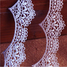 2 METRES Beautiful White Venise Lace Trim 35 mm Wide