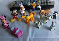 11 Disney mini figures/cake toppers including Mickey, Minnie, Daffy Duck & Pluto