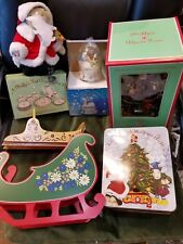 Muffy Alpine Tree w Muffy Santa Beautiful Sleigh & Tree Trim Set in Tin= 7 items