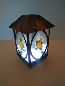 VINTAGE ARTS AND CRAFTS STYLE GLASS PORCH LANTERN LIGHT SHADE, YELLOW ROSE THEME