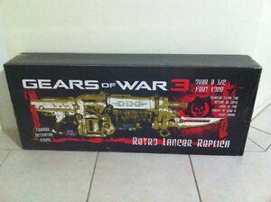 Gears of War 3 Limited Edition Gold Lancer