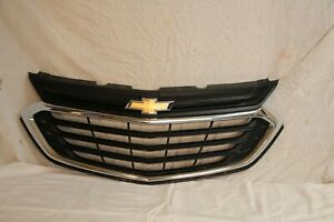 Used 2018-2020 Chevrolet Equinox grill