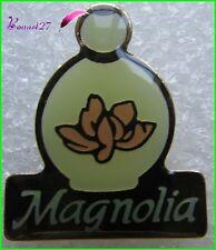 Pin's Flacon de Parfum MAGNOLIA de YR Yves Rocher   #1983