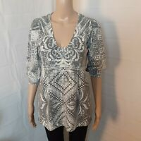 One  World Tunic Top Womens Size XL Gray White Beaded Geometric Sublimated