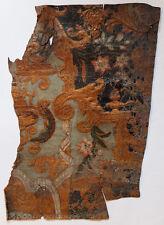 CUIR DE CORDOUE ANCIEN Morceau de 43,5 x 30 cm doré et peint Guadamacile