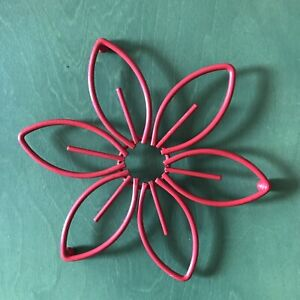 Vtg Kitchen Trivet Decor Floral Flower Red Powder Coated Metal Three Ball Stand