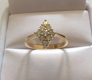 Beautiful Ladies Solid 18CT Gold Fancy Over 1/2ct Lemon Diamond Ring - N