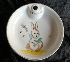 Broche m\u00e9tal argent\u00e9e en porcelaine froide Un petit lapin bleu steampunk