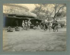 Inde, Place du marché, ca.1910, vintage silver print Vintage silver print, mount