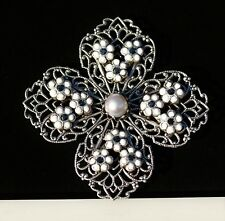 Maltese cross with white daisy flowers rhinestones    BROOCH