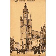 Halle - Grand'Place et tour de l'église.