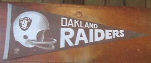 Vintage Pennant Oakland Raiders Team Logo Football