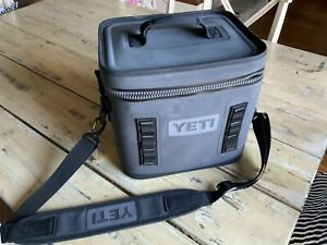 Yeti Hopper 12 Charcoal Cooler