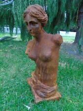 statue , buste d une femme en fonte patinée rouillé  ...
