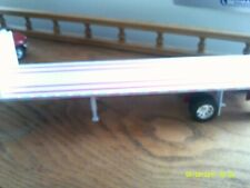 1/32 NEW RAY PLASTIC WHITE FLATBED, WITH NO PACKAGING # 534