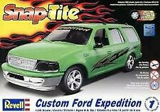 Revell 85-1960 851960 1/25 Snap Custom Ford Expedition