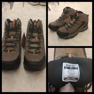 Hi-Tec Utah II Hiking Boots Men's Size 8.5 Brown Waterproof Inv#Z3080