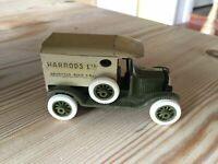 Efsi Holland 1/64 Classic 1919 Ford Model T Harrods Van Die cast Model