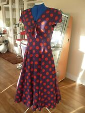 Vintage A Line - Full Skirt 1960's Dress in Deep Mauve with Orange Spots.