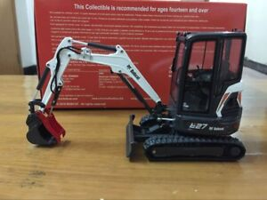 Rare Universal Hobbies Bobcat E27 With Cabin Compact Excavator 1:25 Scale UH8133