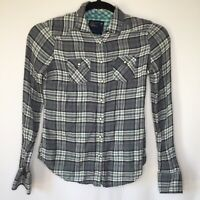 American Eagle AEO Womens 8 Gray Western Plaid Pearl Snap Button Up Shirt H52
