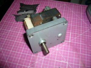 Gearmotor, 230V, 60Hz, 38 RPM, 0.312 Shaft, ECM-6066, With Cork Brake, NOS