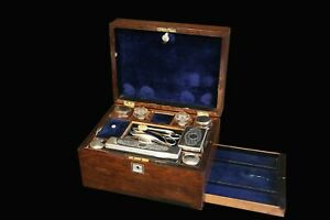 Nécessaire de toilette,  XIXème siècle / Toiletries box, 19th century