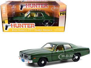 "1977 DODGE MONACO GREEN ""HUNTER"" TV SERIES 1/24 DIECAST CAR BY GREENLIGHT 84123"