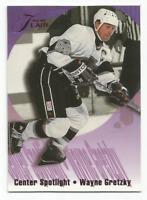 1994-95 Fleer Flair Center Spotlight #4 Wayne Gretzky Los Angeles Kings