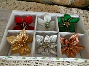 New Pier 1 Poinsettia  Wine Charms Or Napkin Rings Christmas 6 Ct Gold red Green