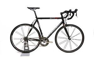 Trek 2100 Aluminum / Carbon Road Bike 2 x 10 Speed Ultegra Bontrager 58 cm / L