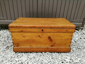 Antique Victorian Pine Blanket Box coffee table wooden chest trunk