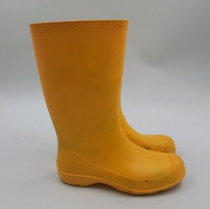 Classic Yellow Rubber Rain Boots Women's Size 6 Rubber Vinyl Waterproof CANADA