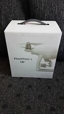 DJI Innovation Phantom 4 Quadrokopter Kameradrohne NEU