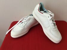 WHITE FOOTJOY SOFTJOYS  WOMENS SIZE 9m Spikes GOLF SHOES NEW. (b5)