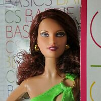 NRFB BARBIE ~N40 BASICS COLLECTION MODEL 02 MUSE SERIES 003 AUBURN LARA MIB DOLL