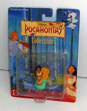 1995 Disney Toys - POCAHONTAS SITTING Mini Figure - New on Card - MOC (P4)