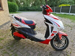Electric Scooter Ebike Moped 34 Mph (No Licence Required)