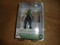 Justice League MeraThrone of Atlantis figure DC Collectibles carded.New & Sealed