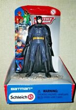 SCHLEICH JUSTICE LEAGUE BATMAN STANDING FIGURE (UNPUNCHED PACKAGE) BRAND NEW