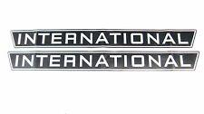 2 Aufkleber international / Decal Kit / Emblem passend für Case IH / IHC 844