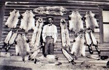 ANTIQUE TRAPPER TRAPPING FURS RIFLES REPRO 8X10 PHOTOGRAPH BADGER SKUNK COYOTE H