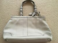 COACH Authentic Hamptons Pebbled Ivory Stone Leather Tote Shoulder Bag Two Strap