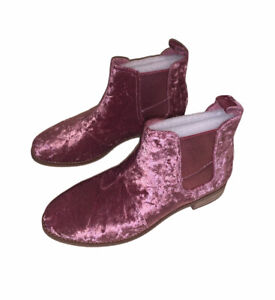NWOB Women's TOMS Faded Rose Ella Velvet Ankle Booties Size 6