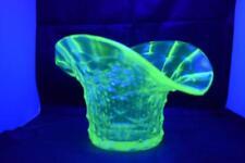 VINTAGE ART DECO URANIUM GREEN YELLOW GLASS WHEATSHEAF FAN SHAPE BOWL VASE