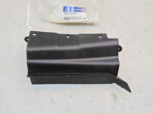 2007-2012 Hyundai Veracruz OEM Intake Manifold Shield 28213-3J000